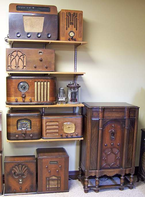 Above: British and Canadian radios, 32 volt DC radio, farm-battery sets,  railroad relays, RCA RE-80 Console Radio-Phono - David's Other Hobby - Antique Radios And TVs