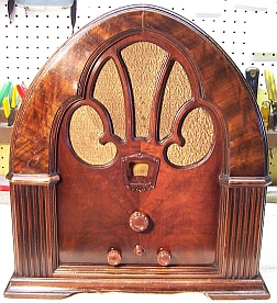 Philco 90b Cathedral Restoration
